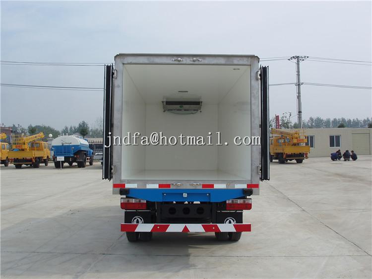 DongFeng XiaoBaWang Refrigerator Truck,Freezer Truck