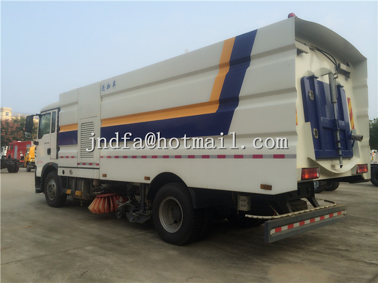HOWO T5G Sweeper Vacuum Road Truck,Street Sweeper Truck